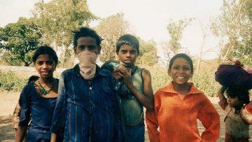 niños en mandu. madhya pradesh. elchelaweb